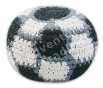 how to make a crochet hacky sack bacll